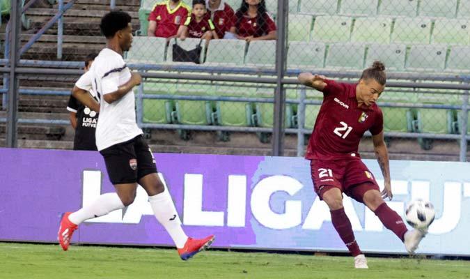 Feltscher fue titular en el lateral izquierdo/ Foto César Suárez