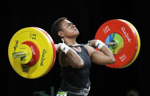 Concentración y esfuerzo abunda en el levantamiento de pesas /Foto AP