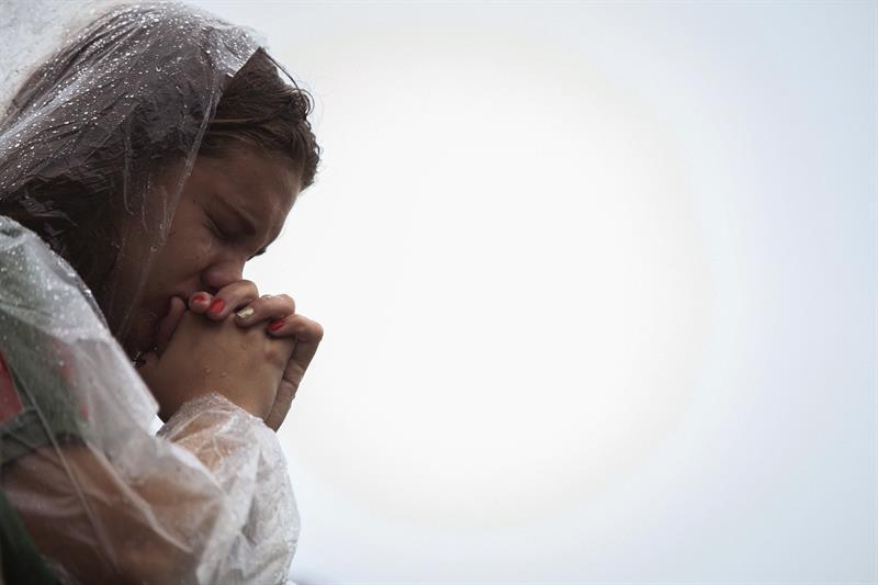 La afición sigue llorando su pérdida | Foto: EFE