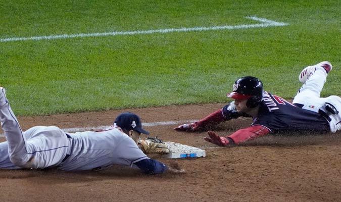 Gurriel lo dio todo en el terreno de juego/ Foto AP
