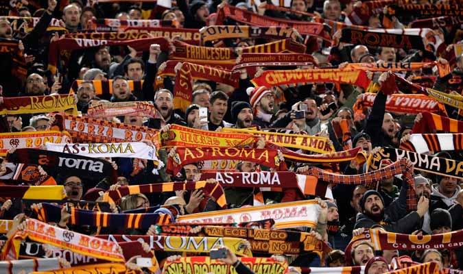 El Olímpico de Roma recibió así a los suyos/ Foto AP