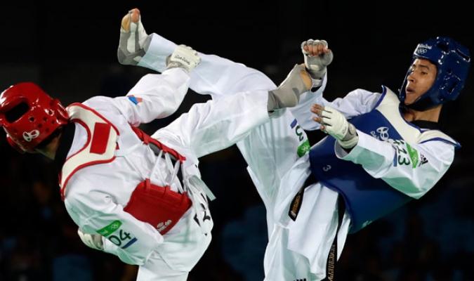Edgar Contreras se trajo un diploma olímpico/AP