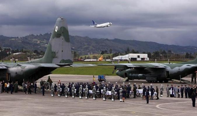 Desde Rionegro miembros de la Fuerza Aérea Colombiana llevarán los cuerpos hasta Brasil