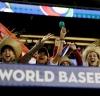 El público se disfrutó los juegos / AP