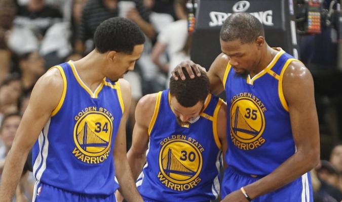 Golden State arrolla a todos sus rivales /Foto AP