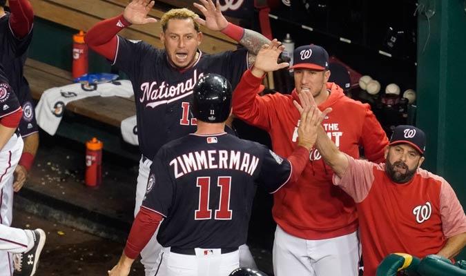 Zimmerman es recibido por la cueva de los