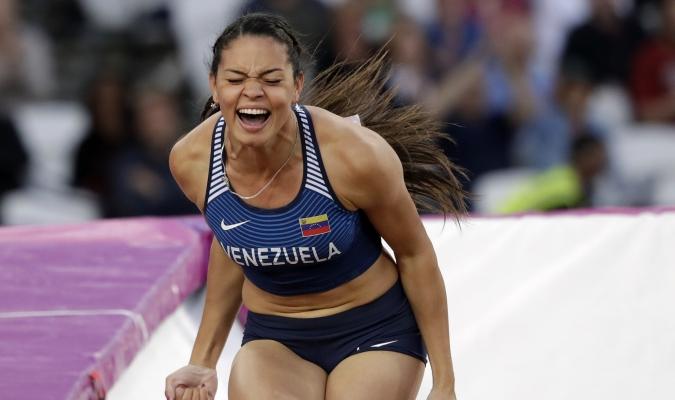 En la disciplina de salto con garrocha, en el Mundial de Atletismo que se disputa en Londres