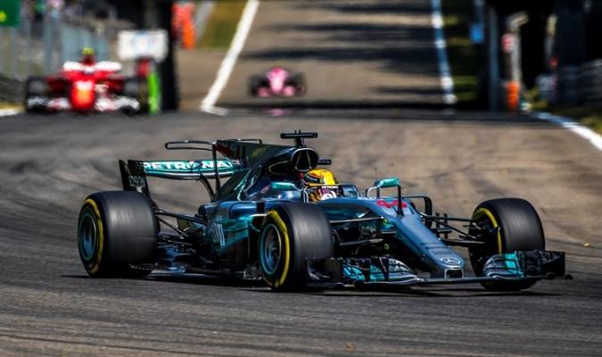 Hamilton espera una lucha pareja en territorio de Ferrari / Foto EFE