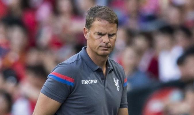 De Boer duró 4 fechas en la Premier | Foto: Referencial