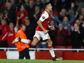 Sánchez marcó un golazo en el 67' | Foto: AP