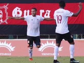 Celebración del primer gol / AVS