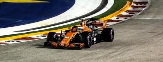 Alonso mantiene la esperanza de terminar en los puntos / Foto EFE