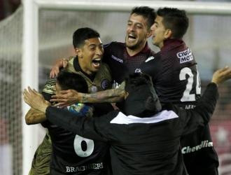 Lanús logró pase histórico / AP