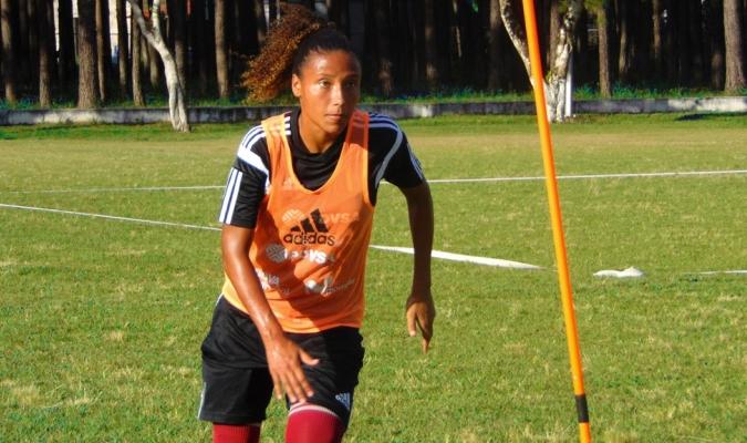 Participó en el Mundial Sub-20 Papúa Nueva Guinea 2016 | Prensa Femenino FVF