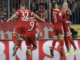James y Robben celebrando / AP