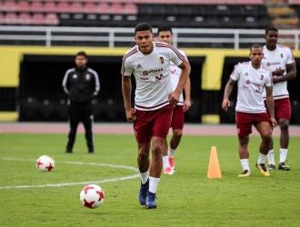 El atacante durante el entrenamiento / @Monagas_SC