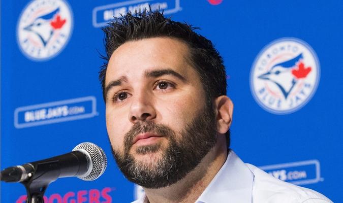 Alex Anthopoulos durante una entrevista con Toronto / AP