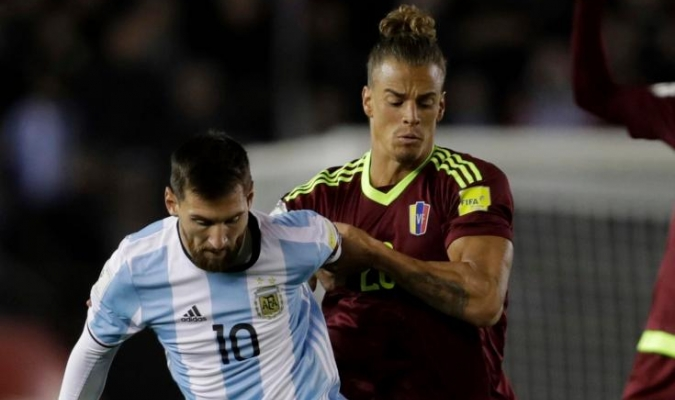 Duratne el partido ante Argentina / AP