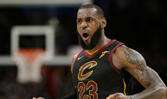 LeBron cargó a sus Cavaliers / Foto AP