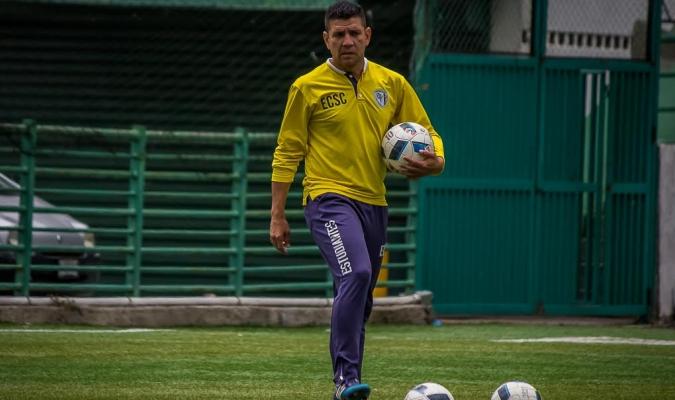El entrenador asumió en junio de este año y ascendió al equipo| Prensa Estudiantes de Caracas SC