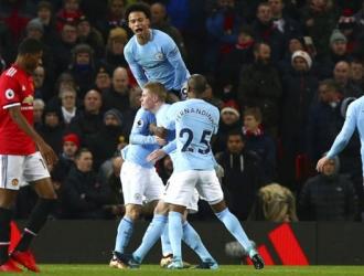 Ya el City le saca 11 puntos al United| AP