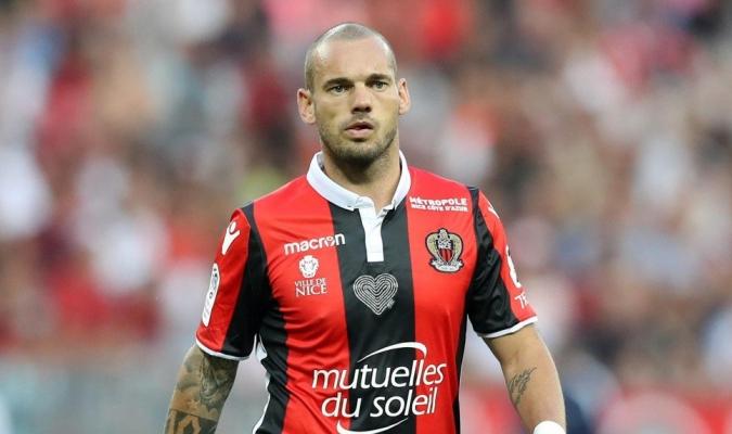 Wesley Sneijder, jugador del Niza francés | Foto: Referencia