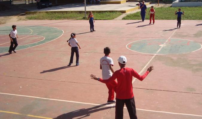 Más de 160 niños hasta sexto grado participan en este evento| Foto: Prensa Alcaldía EZ