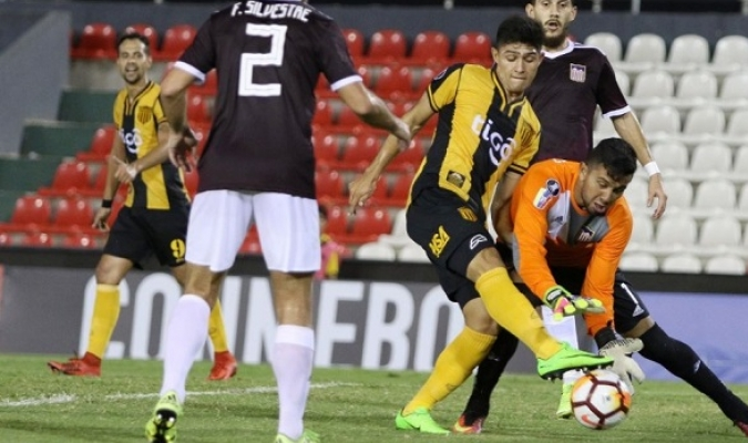 Los paraguayos fueron imparables para González| Fotos: Prensa Club Guaraní (@clubguaraní)