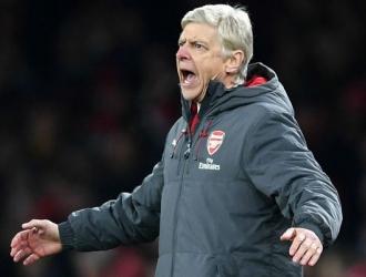 Wenger anima a los suyos a que no simulen/ Foto Cortesía