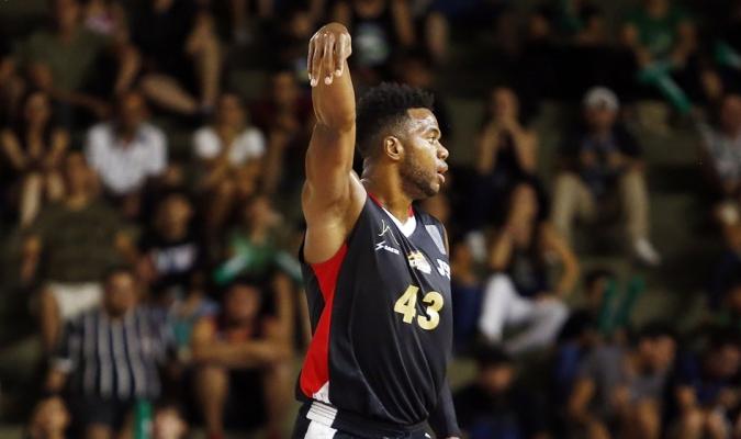 Colmenares volvió a aportar para Guaros / Foto FIBA