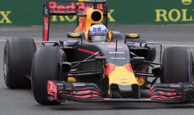 Riccardo (Foto) y Verstappen pretenden ser competitivos| AP