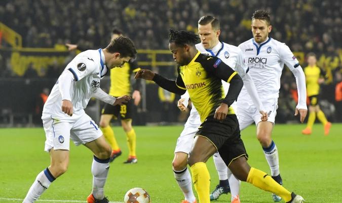 El Dortmund sufrió en su duelo ante Atalanta / Foto AP