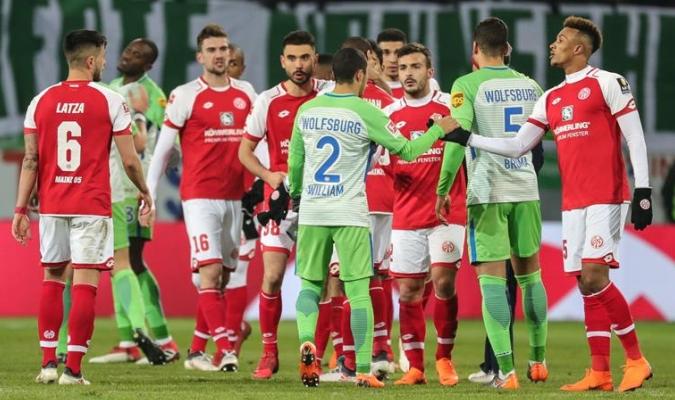 Ambos equipos se quedaron cortos / Foto EFE