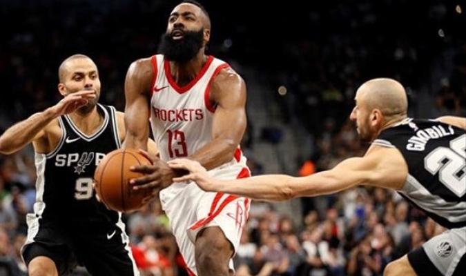 La 'barba' contra Ginóbili| Foto: Referencial