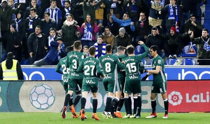El Betis se mete en puestos de Europa / Foto EFE