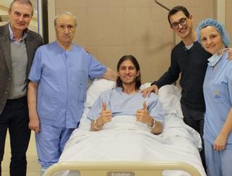 Filipe luce animado tras la operación/ Foto @ClinicaCEMTRO