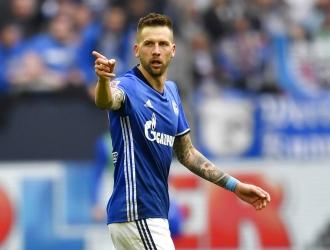 El Schalke logró polémico triunfo / Foto AP