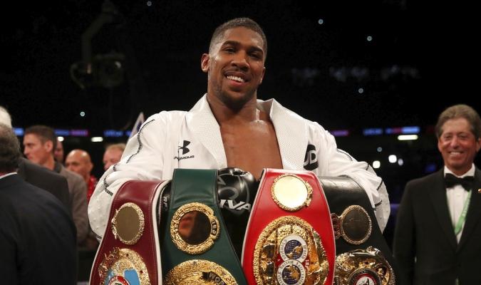 Joshua ganó por decisión unánime / Foto AP