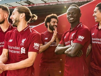 El Liverpool siempre con su rojo predominante/ Foto @LFC