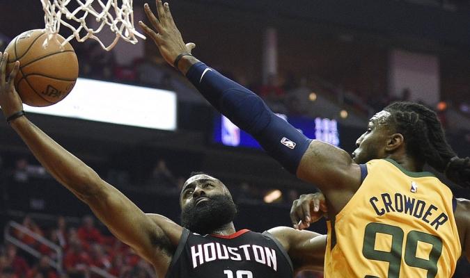 Harden atinó 41 puntos / Foto AP