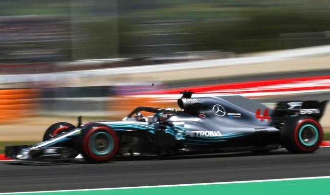 Mercedes se alista para el Gran Premio / Foto AP
