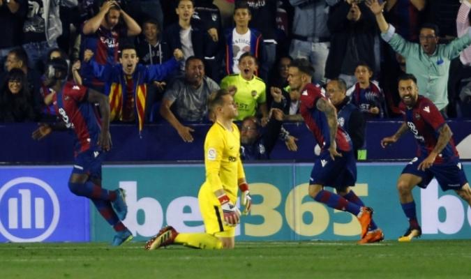 El Levante dio el batacazo al Barcelona / Foto AP