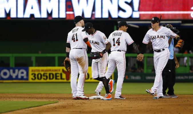 Marlins blanquearon a los Dodgers / Foto AP