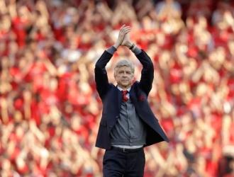 Wenger explicó que quiere seguir ligado al fútbol/ Foto AP