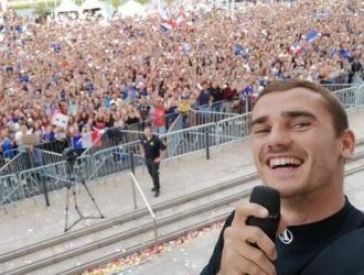 Griezmann fue recibido por 33.000 personas/ Foto @AntoGriezmann