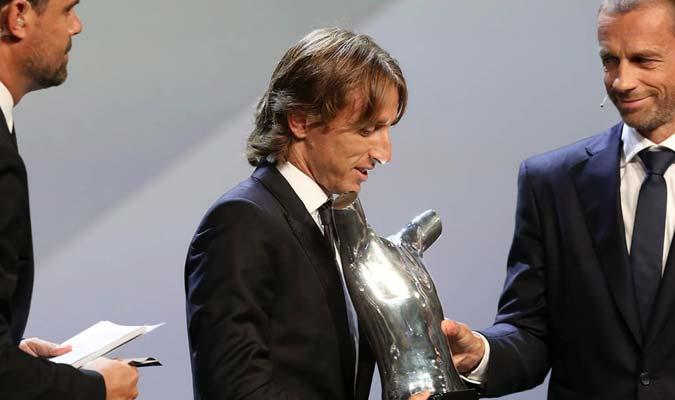 Fue galardonado en Mónaco por la UEFA || Foto: Cortesía