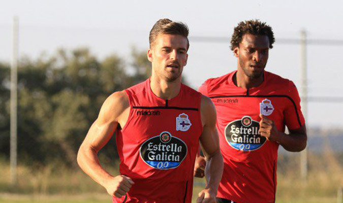 Santos se sumó al trabajo con los gallegos/ Foto @RCDeportivo