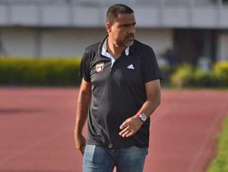 González tiene a Pedro Vera como asistente técnico || Foto: Cortesía