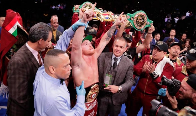 El mexicano consiguió derrotar al inglés en tres asaltos/ Foto AP