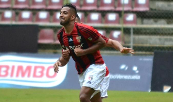 Gómez se convierte en la sexta alta del Táchira | Foto: @DeportivoLara